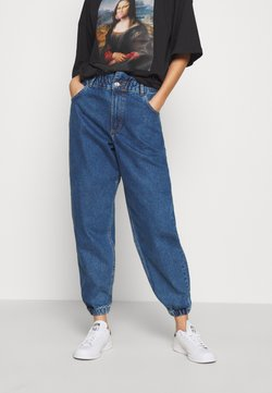 ONLY - ONLOVA ELASTIC LIFE CARROT - Jeans Relaxed Fit - medium blue denim