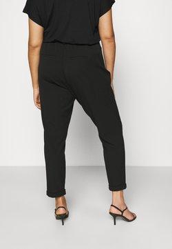 Vero Moda Curve - VMKAYA LOOSE SOLID PANT - Chino - black