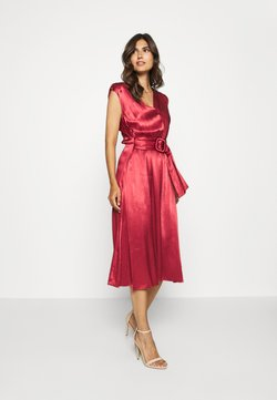 Freequent - FQLIDITY - Cocktailkleid/festliches Kleid - brick red