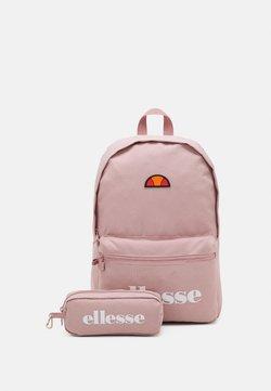 Ellesse - VALLI SET UNISEX - Reppu - pink