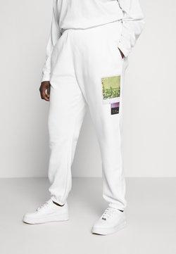 Missguided Plus - FADED PRINT - Jogginghose - white