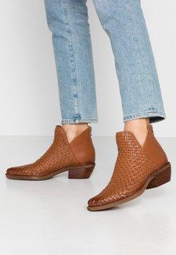 Felmini - EL PASO - Ankle boot - cognac