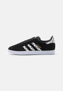adidas Originals - GAZELLE  - Sneaker low - core black/core white/footwear white