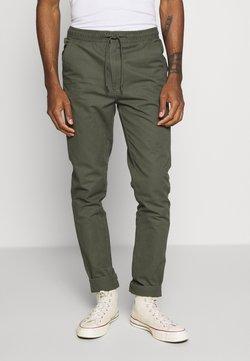Burton Menswear London - SLIM WASHED - Jogginghose - khaki