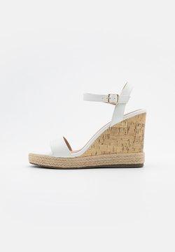 New Look - PERTH - Sandales à talons hauts - white