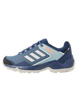 adidas Performance - TERREX EASTRAIL GORE-TEX - Hikingschuh - tech indigo/grey two/signal coral