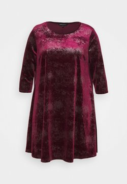CAPSULE by Simply Be - V NECK 3/4 SLEEVE SWING DRESS - Cocktailkleid/festliches Kleid - mulberry