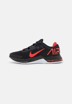 Nike Performance - AIR MAX ALPHA TRAINER 4 - Chaussures d'entraînement et de fitness - black/chile red/white