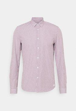 TOM TAILOR DENIM - HIDDEN BUTTONDOWN COLLAR SHIRT - Camisa - bordeaux/white