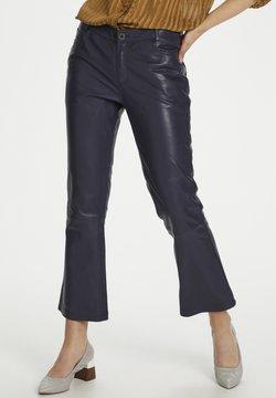 Denim Hunter - HUNTER DHTWIGGY  - Pantalon en cuir - navy blazer