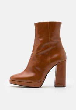 Jonak - BABYLON - High heeled ankle boots - cognac