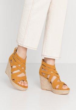 s.Oliver - High Heel Sandalette - saffron