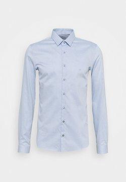 Calvin Klein Tailored - NATURAL STRETCH EXTRA SLIM SHIRT - Businesshemd - light blue