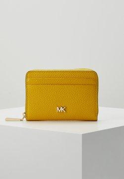 MICHAEL Michael Kors - COIN CARD CASE MERCER - Lompakko - sunflower