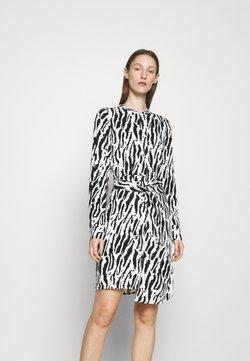 Bruuns Bazaar - BELL BINA DRESS - Freizeitkleid - black/white