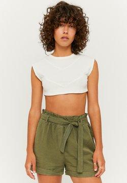 TALLY WEiJL - Szorty jeansowe - green