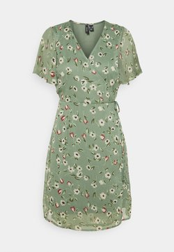 Vero Moda Petite - VMKAY WRAP DRESS - Korte jurk - laurel wreath
