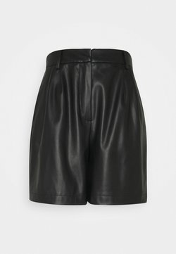 Vero Moda Petite - VMSOLAFIE - Shorts - black