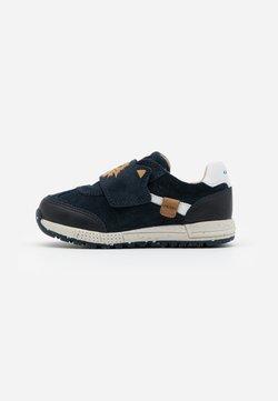Geox - ALBEN BOY - Sneakers laag - navy