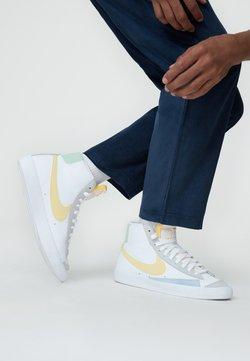 Nike Sportswear - BLAZER MID '77 UNISEX - Sneakersy wysokie - white/lemon wash