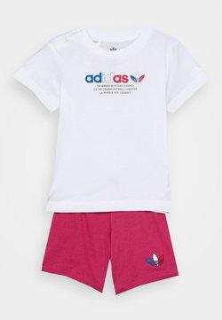 adidas Originals - TEE SET UNSEX - Shorts - white/wilpnk