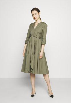 MAX&Co. - DIONISIO - Cocktailkleid/festliches Kleid - moss green