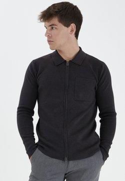 Tailored Originals - TORASMUS - Vest - black