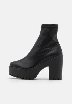 Topshop - SOCK BOOT - Enkellaarsjes met plateauzool - black