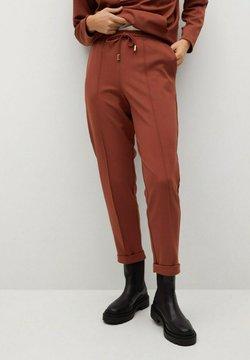 Mango - FLORIDA - Pantalones deportivos - rojo anaranjado