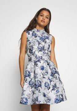 Chi Chi London Petite - CELOWEN DRESS - Vestido de cóctel - blue