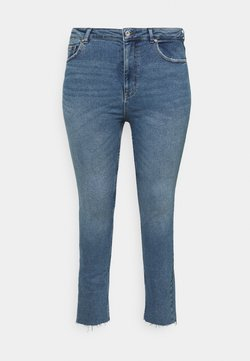 ONLY Carmakoma - CARRICA LIFE ANKLE - Jeans Straight Leg - light blue denim