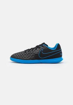 Nike Performance - TIEMPO JR LEGEND 8 CLUB IC UNISEX - Chaussures de foot en salle - black/light photo blue/cyber