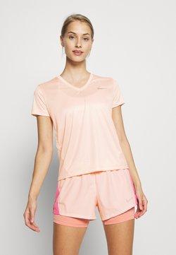 Nike Performance - MILER V NECK - T-shirt imprimé - washed coral/reflective silver