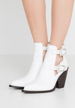 Pinko - PAPRICA TRONCHETTO - Ankle Boot - bianco