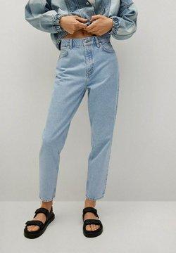 Mango - MOM90 - Jeans fuselé - lichtblauw