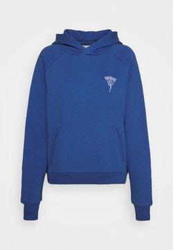 Holzweiler - HANG ON CLOSER HOODIE - Sweater - blue