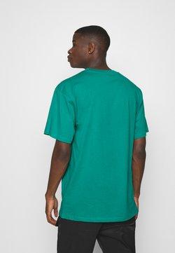 Karl Kani - SMALL SIGNATURE TEE UNISEX - T-shirt z nadrukiem - turquoise