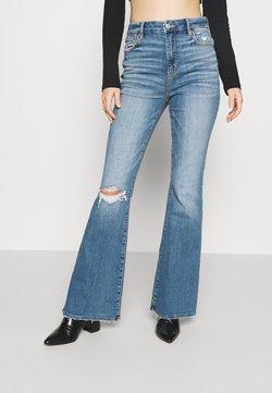American Eagle - SUPER HI RISE - Jeans a zampa - cool hand blue
