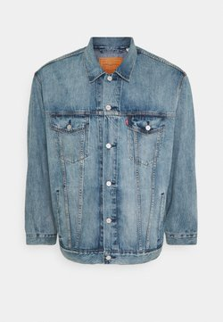 Levi's® Plus - BIG TRUCKER - Denim jacket - light-blue-denim
