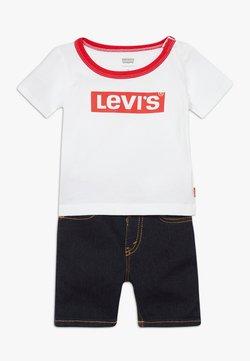 Levi's® - STRETCH SET - Jeansshort - white