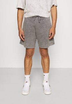 Good For Nothing - ACID WASH - Shorts - grey