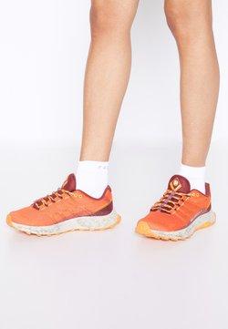 Merrell - MOAB FLIGHT - Zapatillas de trail running - tangerine