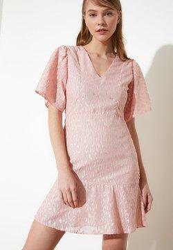 Trendyol - Cocktailkleid/festliches Kleid - pink