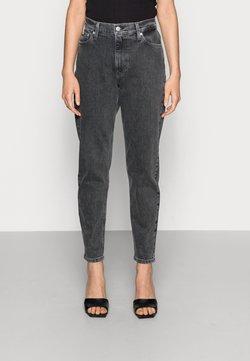 Calvin Klein Jeans - MOM JEAN - Jeans slim fit - grey