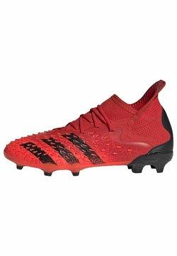 adidas Performance - PREDATOR FREAK .1 FG UNISEX - Botas de fútbol con tacos - red