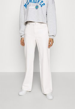 Monki - YOKO - Jeans straight leg - white light