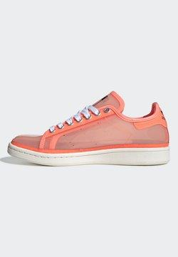 adidas Originals - STAN SMITH W - Baskets basses - red