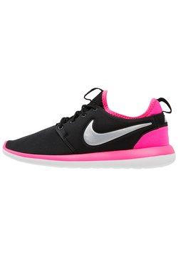 Nike Sportswear - ROSHE TWO  - Sneaker low - black/metallic platinum/hyper pink/vivid pink