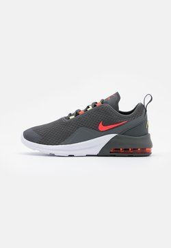 Nike Sportswear - AIR MAX MOTION 2  - Baskets basses - iron grey/bright crimson/limelight/white