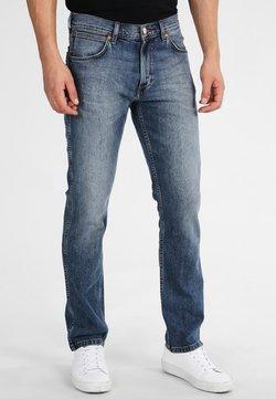 Wrangler - GREENSBORO - Jeans a sigaretta - blue denim